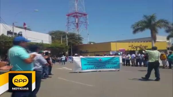 Pese a marcha, las clases se desarrollaron con normalidad en las más de 5 mil instituciones educativas de la región Piura.
