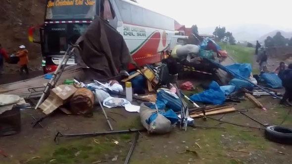 Los heridos fueron llevados al Hospital de Sicuani.