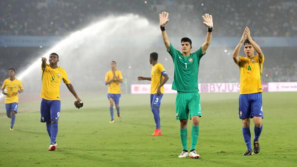 Brasil terminó en el primer lugar del Grupo D al derrotar a España, Nigeria y Corea.