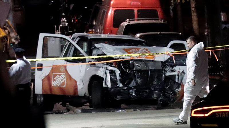 Ocho personas murieron ayer en Nueva York atropellados por un vehículo conducido por un ciudadano uzbeko.