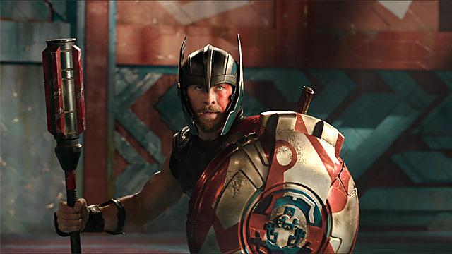 En esta historia Thor deberá probar que es en verdad el Dios del Trueno. La película sirve como antesala de lo que será el próximo año Avengers: Infinity War