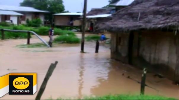 Las precipitaciones ocasionaron que las aguas de los ríos Shanusi y Paranapura se desbordaran y afectaran las vías y cultivos.
