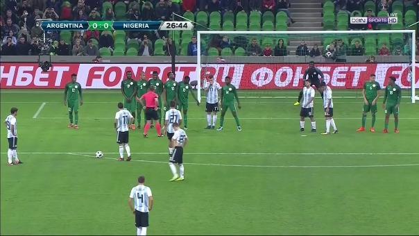 Tras la jugada, Éver Banega marcó un golazo para Argentina.
