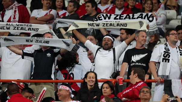 Los hinchas de Nueva Zelanda también llegaron al Estadio Nacional.