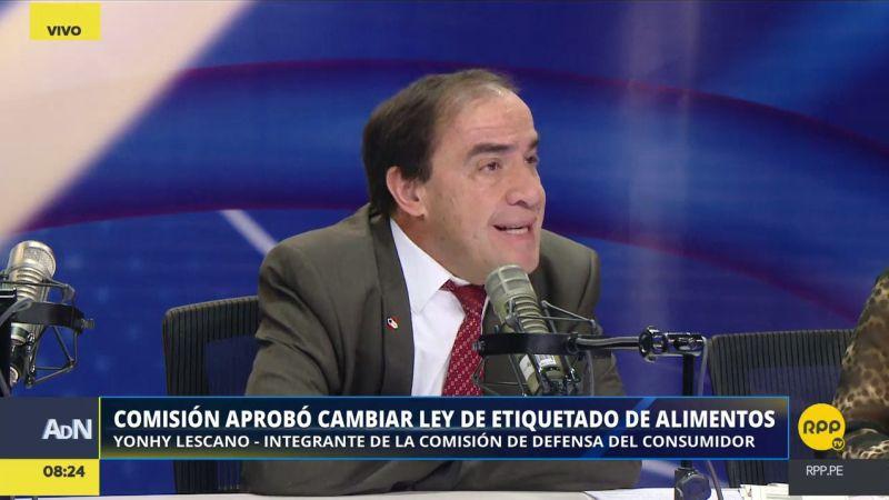 Yonhy Lescano aseguró que hubo oposición de la industria para que se expida el reglamento de la Ley de Alimentación Saludable.