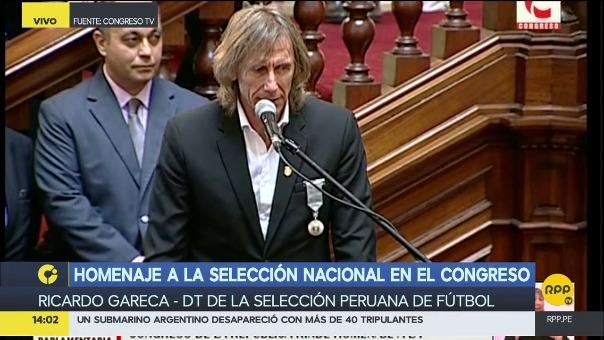 Gareca y el Seleccionado peruano recibieron la medalla de honor del Congreso por el trabajo que garantizó la clasificación.