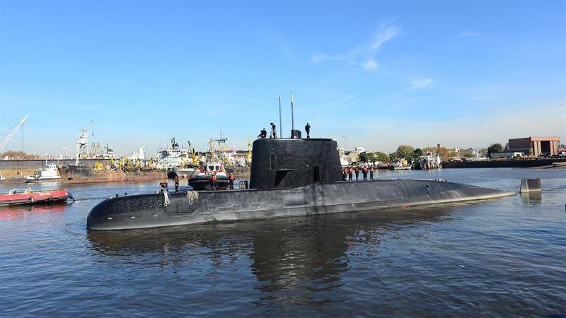 """La situación es """"muy preocupante"""" por la progresiva pérdida de oxígeno dentro del submarino."""