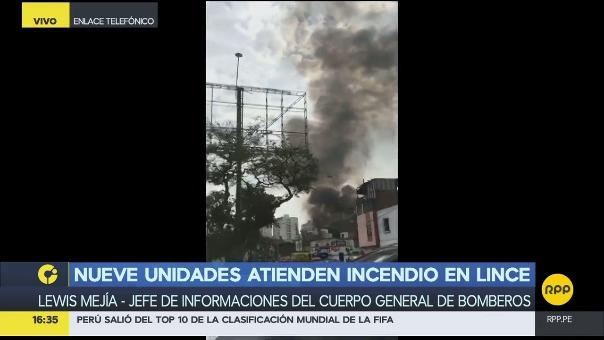 Lewis Mejía comandante del Cuerpo de Bomberos del Perú dio detalles del siniestro que no ha cobrado víctimas.