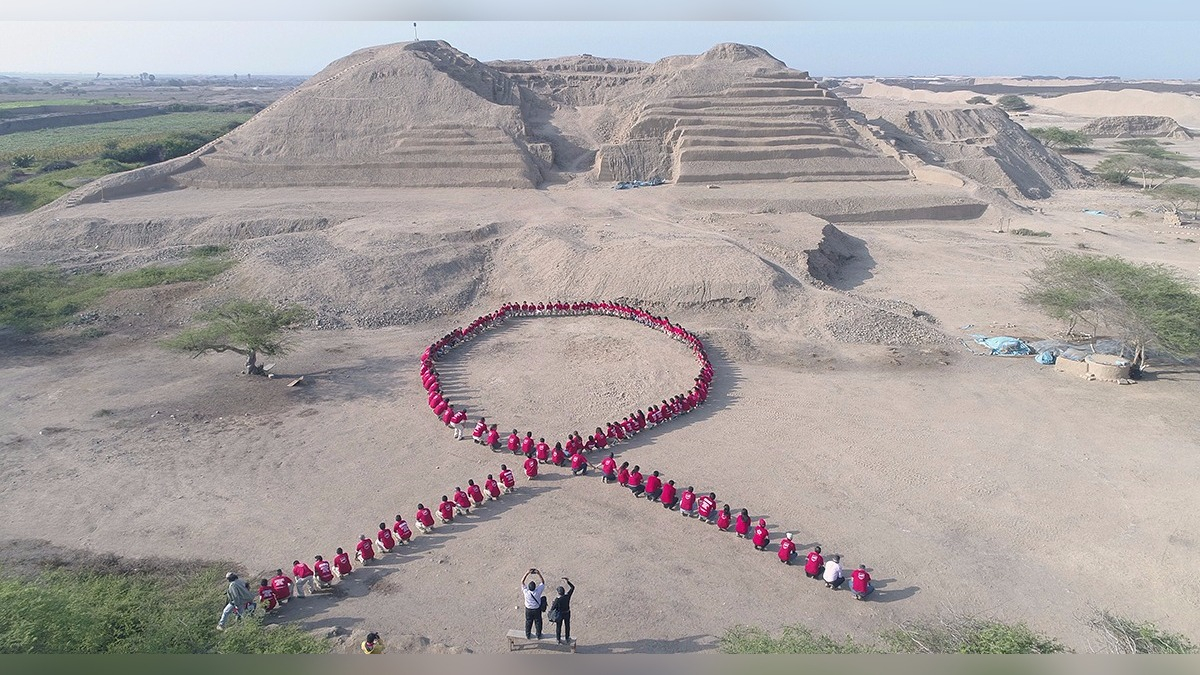 Lazo fue formado frente a la huaca Toledo, en Chan Chan.
