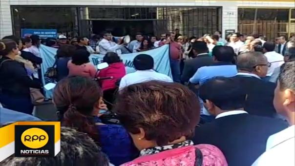 Trabajadores de MPCh paralizaron sus labores por dos horas