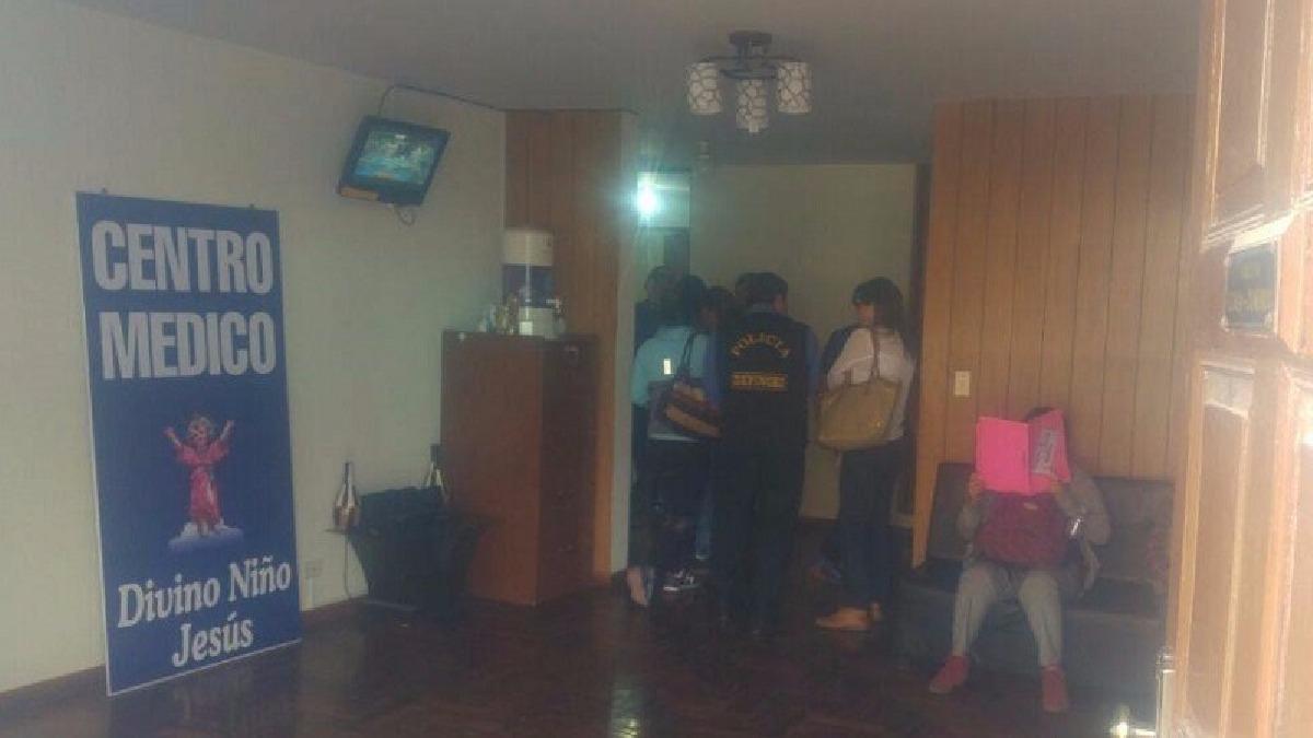 Policía detuvo a enfermera técnica que realiza abortos.