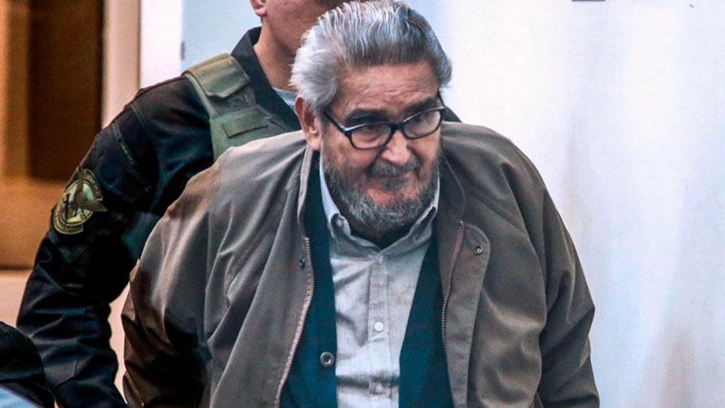 """Guzmán hizo un gesto de una pistola con sus manos y dijo a la procuradora: """"¡No sabe con quién se mete, usted!""""."""