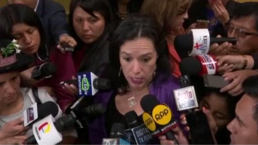 La congresista indicó que esperará el debido proceso para seguir la vacancia presidencial junto a su partido.