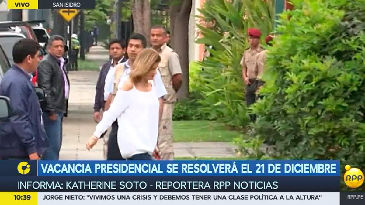 Mercedes Aráoz, segunda vicepresidenta y presidenta del Consejo de Ministros, fue uno de los miembros del Gobierno que se reunieron esta mañana con el presidente Kuczynski.
