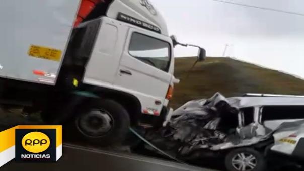 Los heridos fueron rescatados por personal de la policía de carreteras y derivados al hospital de La Oroya.