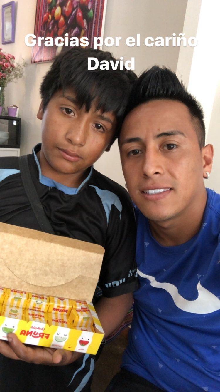 Christian Cueva y el niño trujillano.