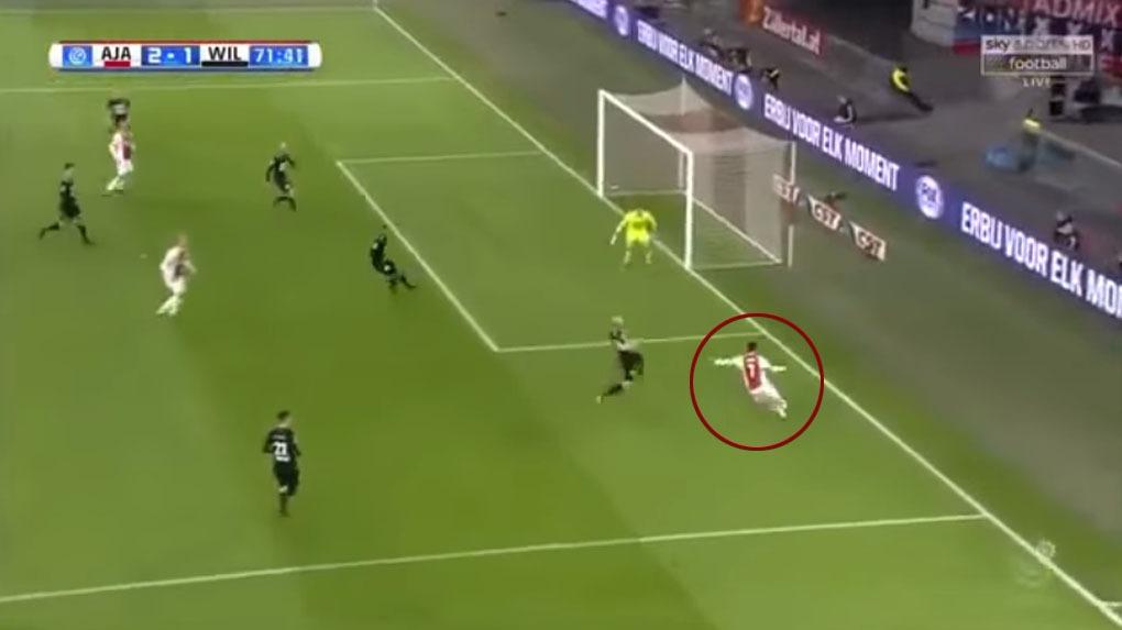 David Neres fue la gran figura en el triunfo del Ajax.