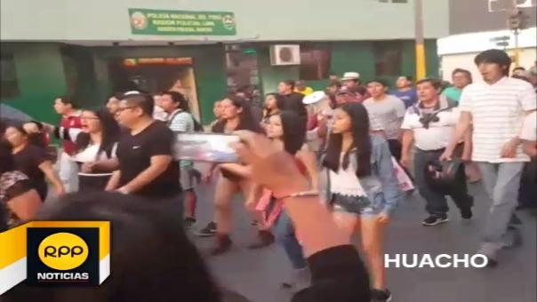 Así se vivió la movilización contra el indulto al expresidente Fujimori en Huacho.