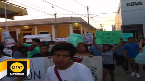 Así se vivió la movilización contra el indulto al expresidente Fujimori en Piura.