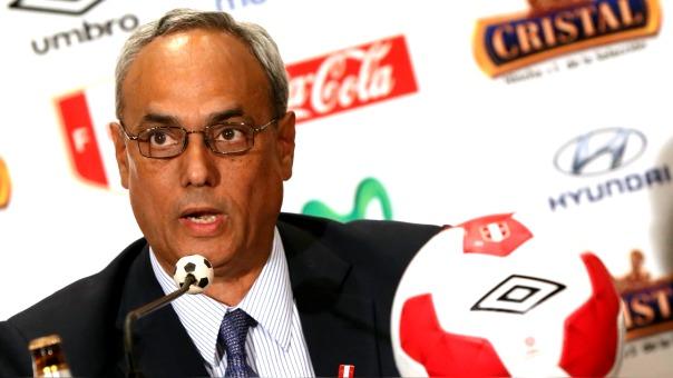 Manuel Burga fue presidente de la FPF por más de 10 años.