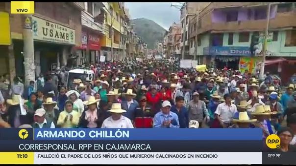 Multitudinaria marcha en Cajamarca.