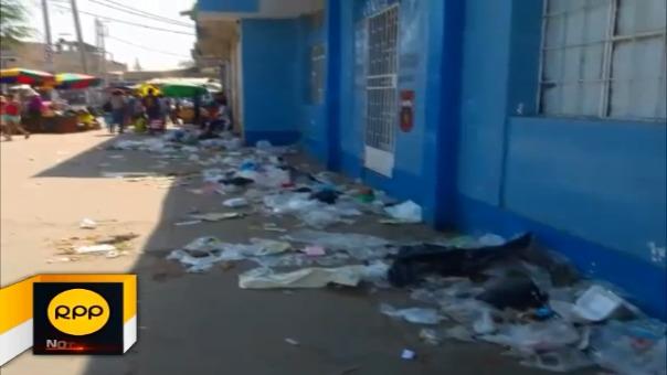 Campaña de limpieza se realiza con el apoyo de más de 30 trabajadores de la División de Limpieza Pública y Ornato.