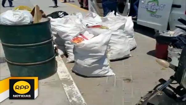 Piden más tachos de basura en playa de Puerto Eten