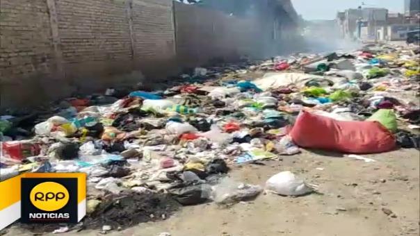 Más de 5 toneladas de residuos sólidos se acumularon desde el 31 de diciembre en los exteriores de la Compañía de Bomberos