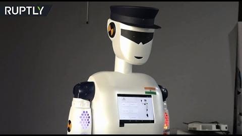 Este 'robocop' indio ha sido desarrollado para prestar servicios de seguridad en áreas públicas y privadas