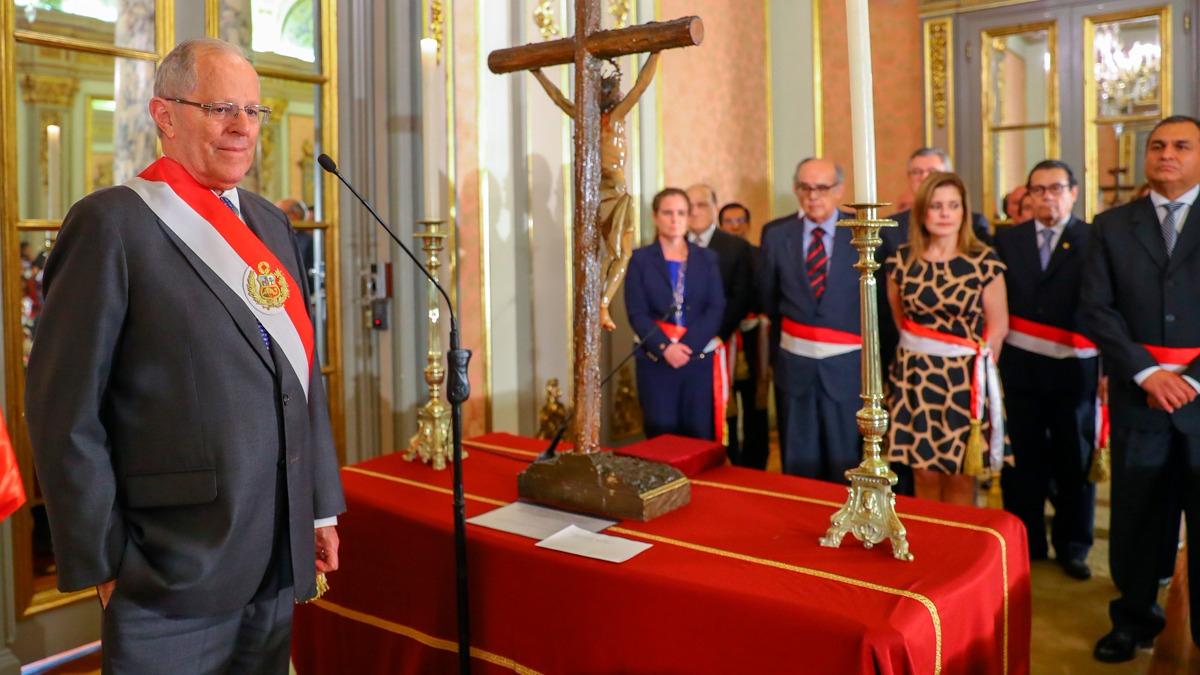Antes de fin de año, PPK tomó juramento a Vicente Romero como ministro del Interior. Fue su primera aparición pública tras el indulto.