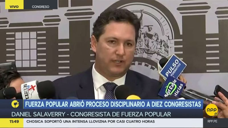 Salaverry reclamó que los disidentes no expresaron su rechazo a la vacancia hasta el momento de la votación.