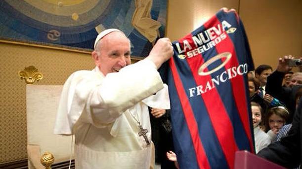 El líder de la Iglesia Católica  estará en el Perú del 18 a 21 de enero .