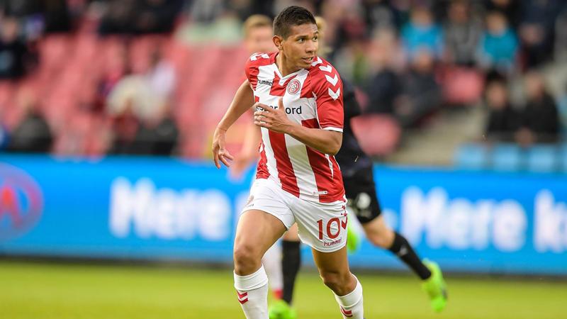 Edison Flores se apoderó del puesto en el Aalborg de Dinamarca.