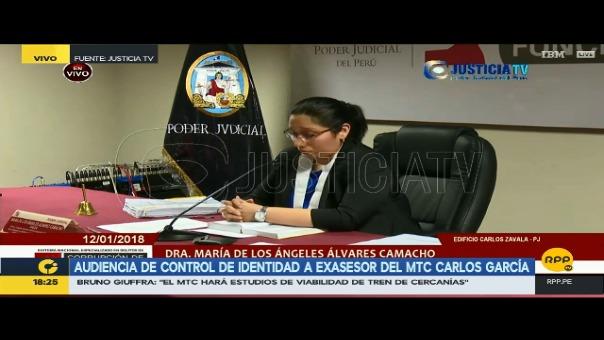 La jueza María Álvarez Camacho explicó al detenido las razones de su orden de detención.