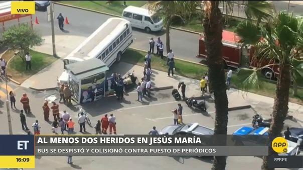 Conductor del bus habría excedido los límites de velocidad.