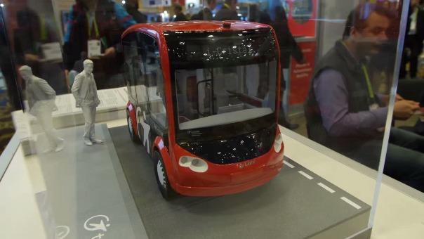 Transdev, el bus autónomo que espera funcionar en todo tipo de caminos. Comenzará en lugares cerrados como aeropuertos y campus universitarios.