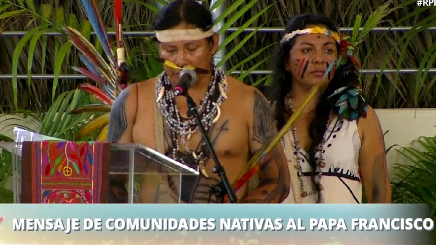 Representantes nativos explicaron sus problemas al Sumo Pontífice.