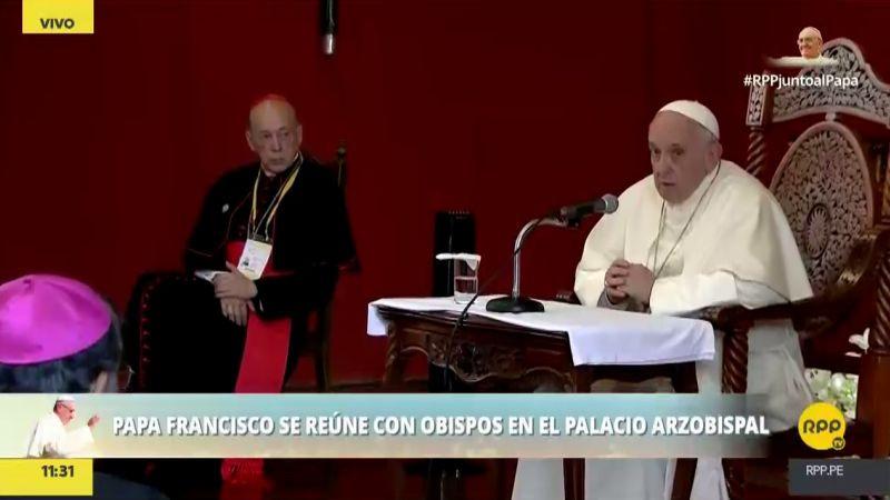 """El papa Francisco alertó que en Latinoamérica la política sufre """"una gran decadencia""""."""