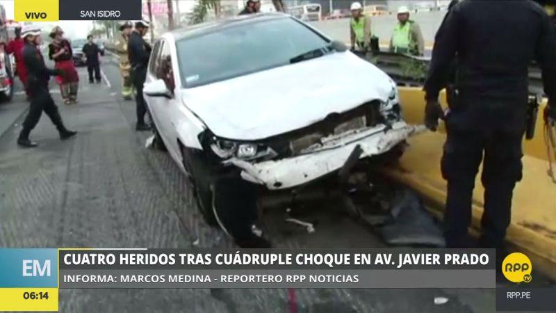 Según testigos, un auto blanco ocasionó el accidente por ir a excesiva velocidad.