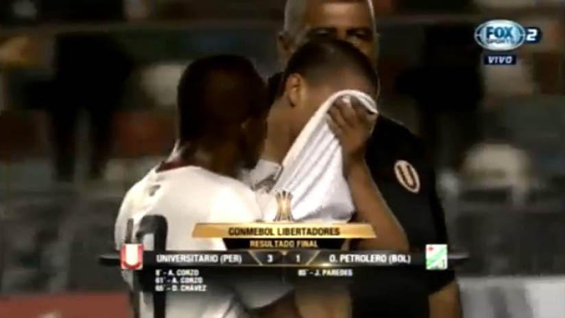 A sus 19 años, Paulo de la Cruz fue titular en los dos partidos de Universitario ante Oriente Petrolero.