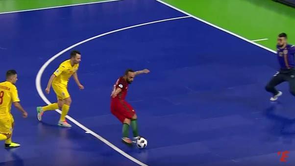 El capitán de Portugal marcó de rabona y dio dos asistencias en el triunfo por 4-1 ante Rumania.