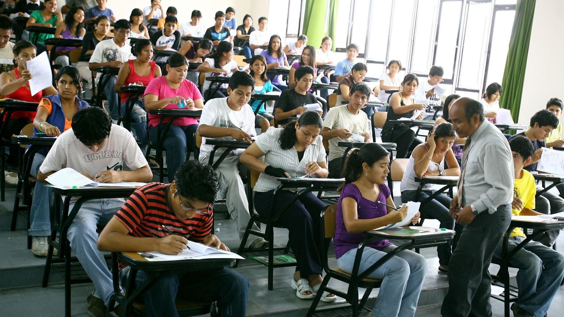 La Sunedu está encargada del licenciamiento y supervisión del servicio educativo superior universitario.