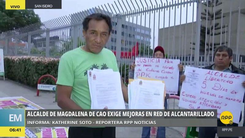 El alcalde de Magdalena de Cao llegó a Lima pidiendo obras de agua y desagüe para su jurisdicción.