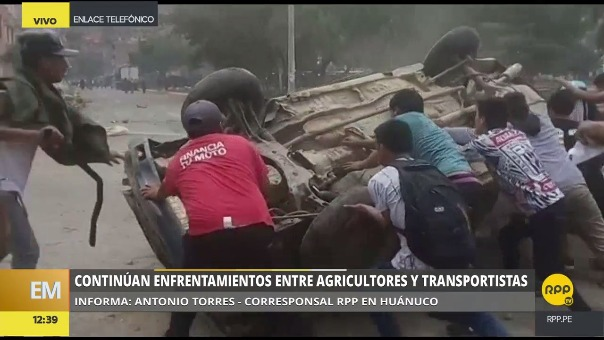 Enfrentamientos en la Carretera Central en Huánuco.