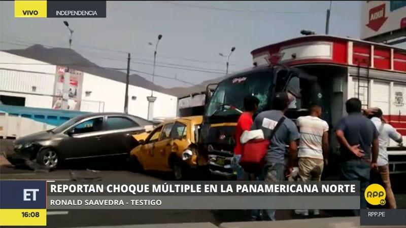Los vehículos chocaron en el bypass que pasa por las avenidas Tomas Valle y Angélica Gamarra en Independencia.