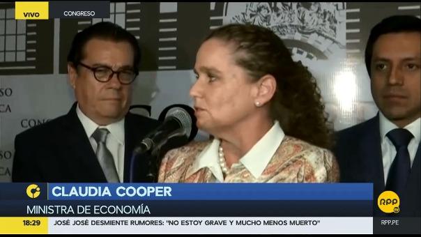La ministra de Economía, Claudia Cooper, dio el anuncio a su salida de la sesión extraordinaria conjunta de las comisiones de Economía y Justicia.