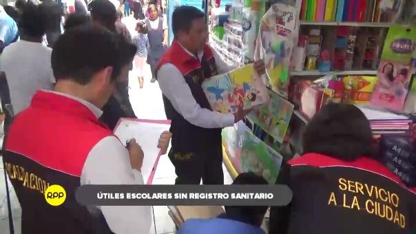 En stands de Feria El Altiplano, se encontró útiles escolares tóxicos.
