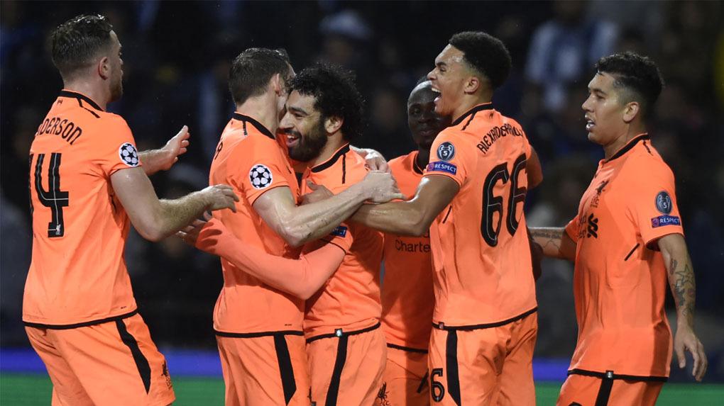 Liverpool aplastó sin problemas al Porto como visitante y ya tiene un pie en cuartos de final.