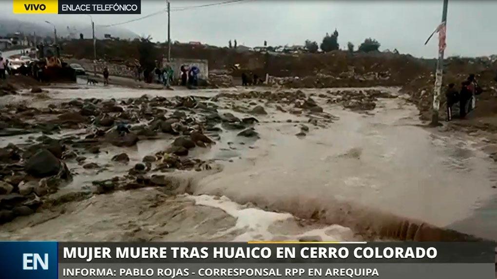 La sobreviviente fue rescatada por vecinos de la zona de Cerro Colorado.