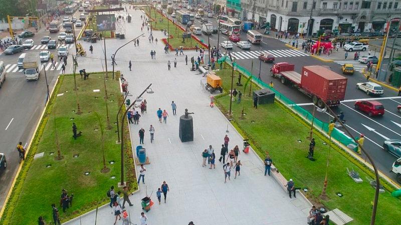La obra que conecta el Campo de Marte con el Parque de la Exposición fue abierta al público el miércoles.